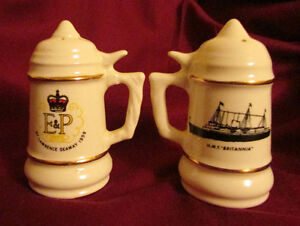 1959 St Lawrence Seaway Commemorative SALT & PEPPER Shakers Kitchener / Waterloo Kitchener Area image 1