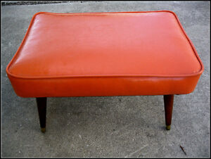 ALL ORIGINAL MID CENTURY MODERN ORANGE VINYL STOOL BENCH
