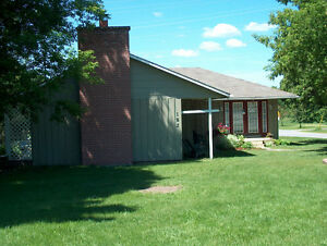 Rent a SPACIOUS  NEWLY  RENOVATED  BUNGALOW  IN MADOC VILLAGE