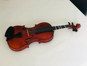 4/4 Full size violin