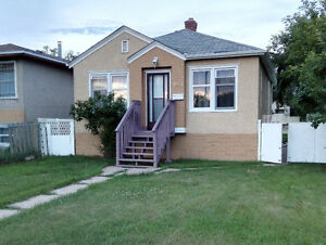 PET FRIENDLY CLEAN ENTIRE HOUSE w/GARAGE for Rent ASAP By Nait!