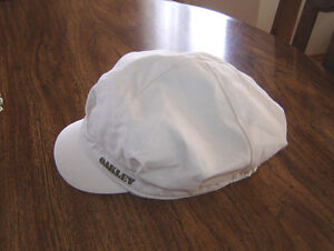 Oakley Summer Hat / Guido Martinez NEW Purse