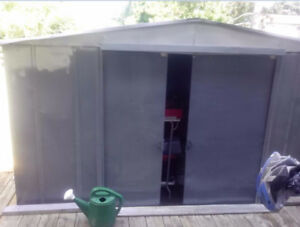 shed in good condition to give out - Mississauga