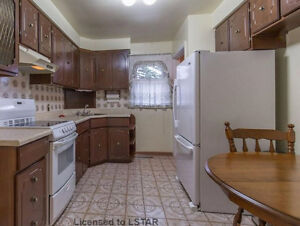 4 BDR house near Wharncliffe and Commissioners for Rent - $1600 London Ontario image 5