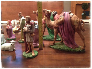 Beautiful LARGE Nativity Set Kingston Kingston Area image 1