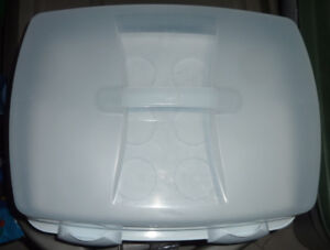 Large Wilton cupcake, cake tray, excellent condition