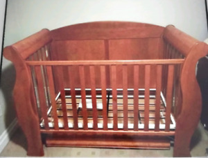 Morigeau Lepine crib and dresser/changing table