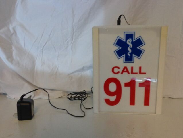 Unique flashing 911 sign Reduced!