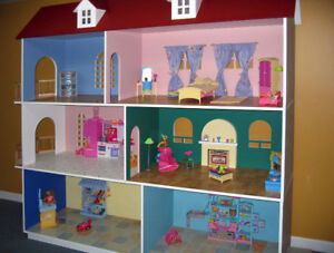 MAISON DE BARBIE (GRAND DIMENSION)