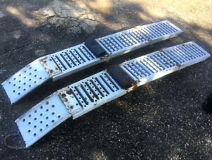 High Quality Steel Folding  Loading Ramps  SEE VIDEO