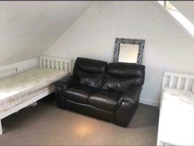 🎉🎊 LOVELY DOUBLE / TWIN ROOMS AVAILABLE IN NEASDEN @@£140 a week al