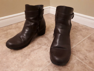 Womens Shoes sizes 7, 8, 9