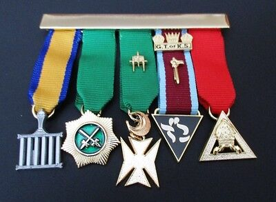 Allied Masonic Degrees - Members miniature set of 5 jewels on a metal bar - new