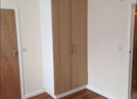 AVAILABLE NOW + Bills Included ..Ensuite suite in GANTS HILL, IG2 6DL for just £739pm!