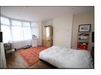 *XL Double Room Luton LU1 (5min walk to Town/Uni) All Bills Inc. £500 PCM-Sky TV Port