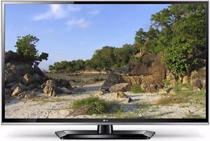 "LG 47"" LED INTERNET TV *NEW IN BOX*"