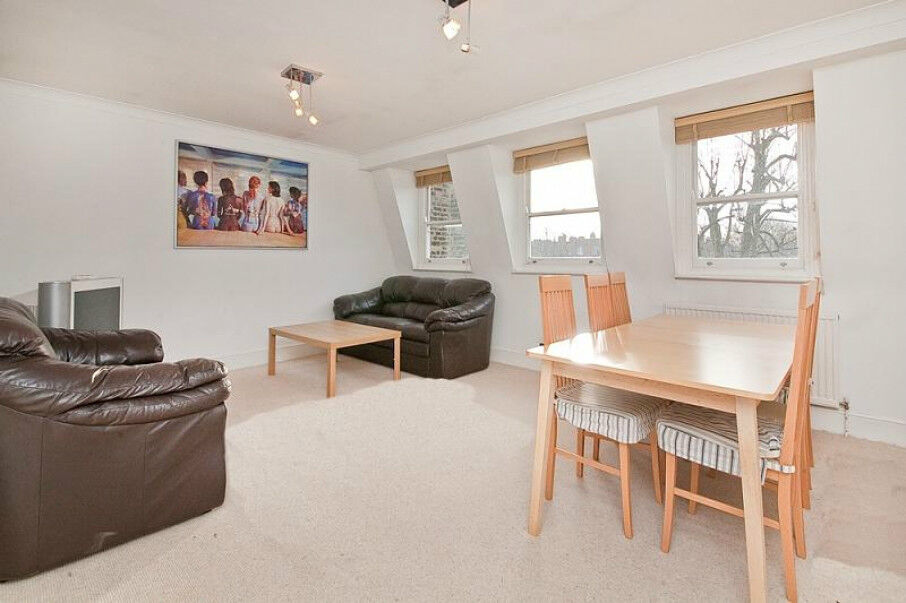 LARGE SPLIT LEVEL 3 DOUBLE BEDROOM CONVERSION in the heart of MAIDA VALE with BRIGHT NEUTRAL DECOR