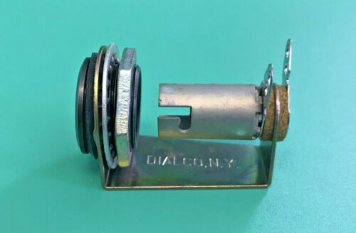 DAILCO LH50 INDICATOR LIGHT SINGLE LIGHT BULB SIZE T-3 1/4