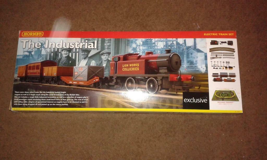 Hornby electric train set.
