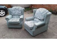 PAIR OF COMFORTABLE EASY ARM CHAIRS.