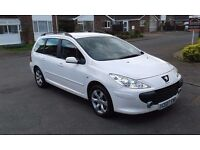 Peugeot 307 1.6 hdi 5 door estate white, cheap road tax, great on fuel.new mot,service history,