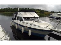 1988 Bayliner 2556 Flybridge sports boat cruiser with 220HP GM Diesel