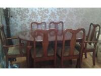 extending solid dining table dark wood & 6 chairs