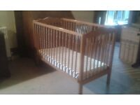 Childs Cot - Mammas and Pappas