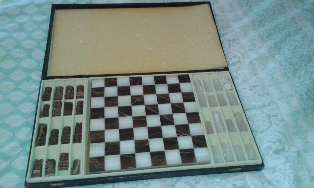 Case Blue Board Game : Classic all onyx chess set with case in blyth northumberland
