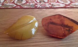 Set of 2 real amber brooches (vintage)