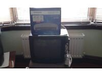 "Hitachi 14"" colour TV (C1412T), Grundig set top box, remote control and instructions"