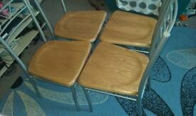 4 dining chairs for sale £10 good condition