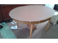 Free - extending dining table - collection le67