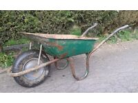 Builders Heavy Duty Metal Wheelbarrow With Pneumatic Tyre 90 Liter capacity