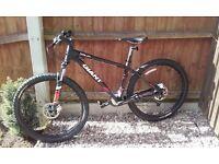 Giant talon 3 mountain bike as new condition
