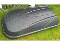 Halfords 250litre / 50 kg roof box