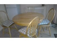 Pine extendable table with four chairs 90.00 ono contact 07522 458875