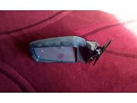 Land rover discovery 200tdi near side door mirror