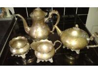 antiques tea set
