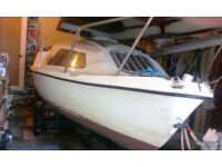 Mariner 17 sloop Sailing Boat for sale with road trailer