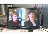 """Samsung SyncMaster Digital 19"""" LCD TV"""