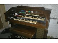 Electric Organ - Collection Only - Must Go