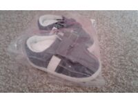 Baby boy's shoes size 3