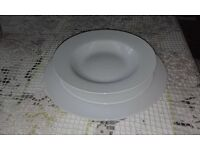 SET OF 20 ITEMS IN DINNER SERVICE