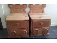 2x childs bedside cabinets