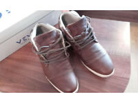 Venice Leather Boots Size 8