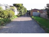 SECURE GARAGE TO RENT/LET/STORAGE IN CHATHAM KENT(IN GATED COMPOUND)