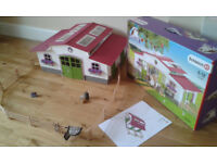 Schleich Riding centre horse stable with box and instructions