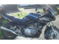 Motorbike Yamaha diversion 900cc.
