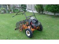 Sisis Auto Outfield Spiker 6.5HP Briggs and Stratton Engine